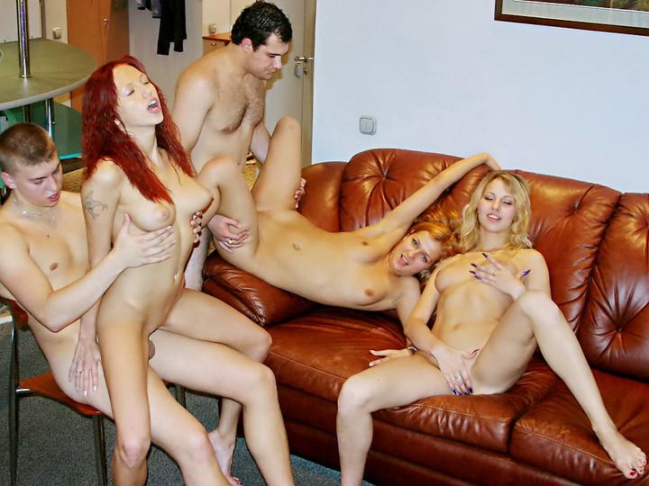 порно группа выпускной